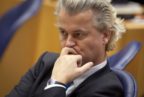 Geert Wilders ponders on the important issues - What would Hitler do?