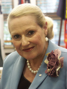 Nothing says sex appeal like Bronwyn Bishop with a pearl necklace according to Tony