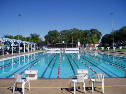 Wentworthville pool, enjoy it while its there...